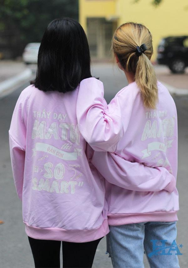 ao-lop-sweater-mot-sieu-pham-dong-phuc-ra-doi-02