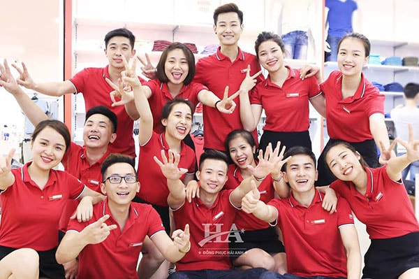 nhung-quy-dinh-dong-phuc-cong-ty-ban-can-biet-01