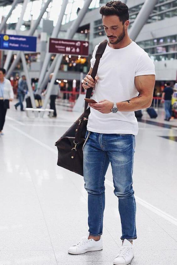 Mix áo thun basic nam với quần jean