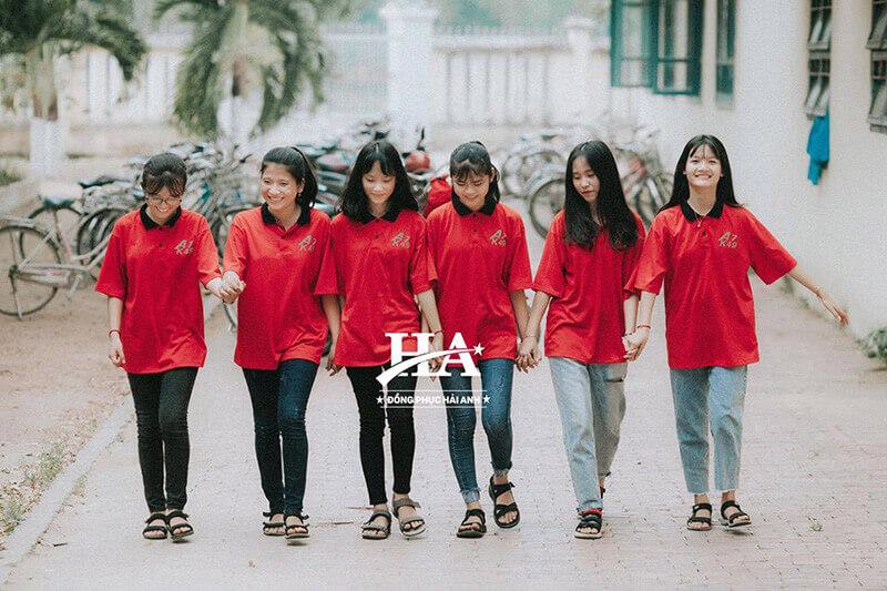 Thiết kế trên áo thun nhóm tỉ lệ với nhu cầu sử dụng sản phẩm của các đối tượng trẻ.