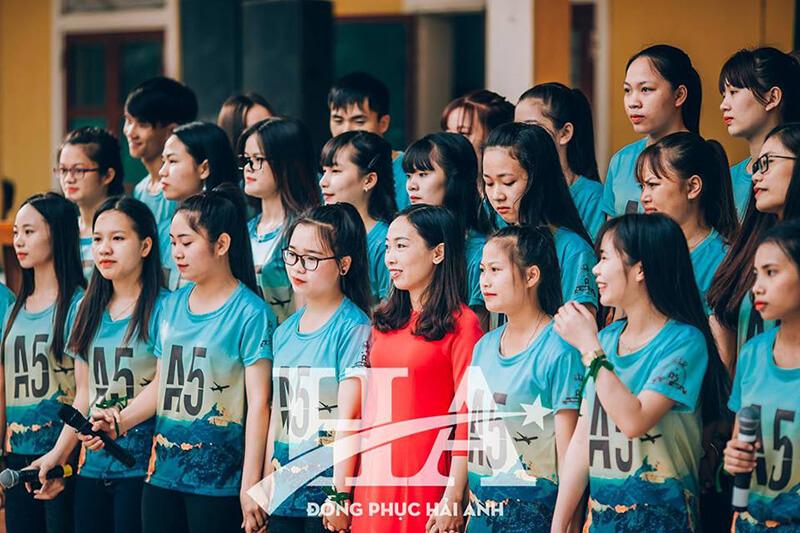 Áo lớp 2D tạo tinh thần đoàn kết giữa các thành viên