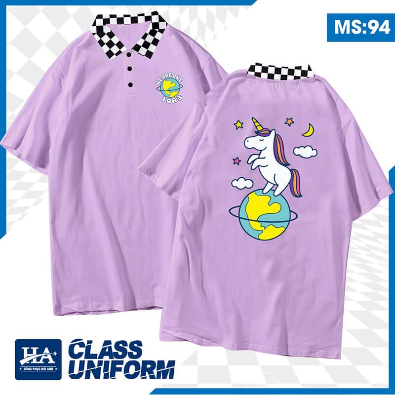 Hình in áo lớp oversize với con vật đặc trưng theo năm tuổi