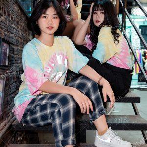 Mẫu áo lớp tie dye đẹp 10