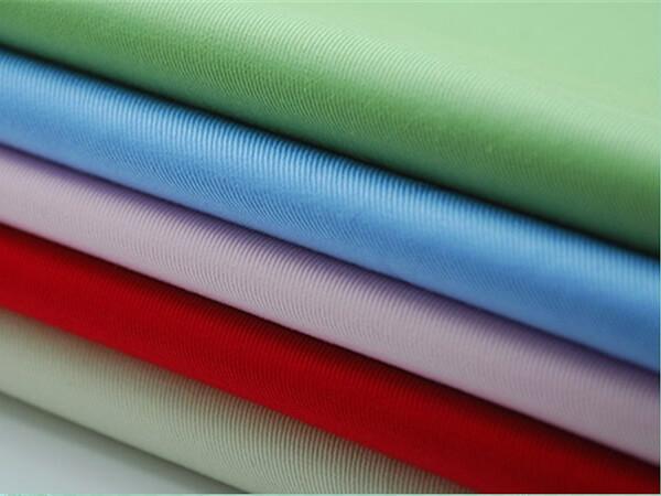 Địa chỉ làm áo lớp tại Quảng Nam uy tín, chất lượng phải có chất liệu vải đảm bảo tiêu chuẩn