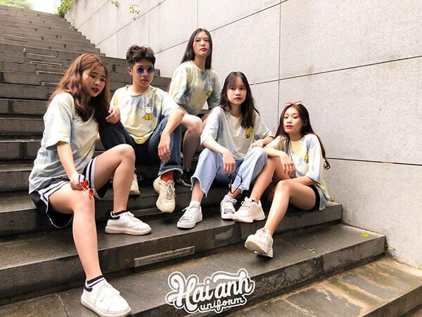 Những đánh giá tích cực của khách hàng phần nào cho thấy sự chuyên nghiệp, uy tín của địa chỉ làm áo lớp tại Quảng Nam.