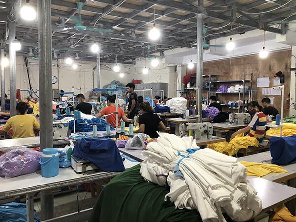 Chất lượng nhân viên phản ánh được chất lượng của một địa chỉ làm áo đồng phục lớp tại Hà Nam.