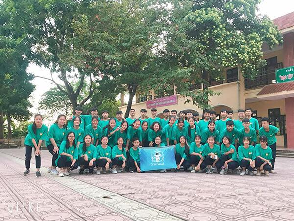 Lựa chọn địa chỉ làm áo lớp giá rẻ tại Phú Thọ uy tín luôn là mối bận tâm lớn nhất của khách hàng.