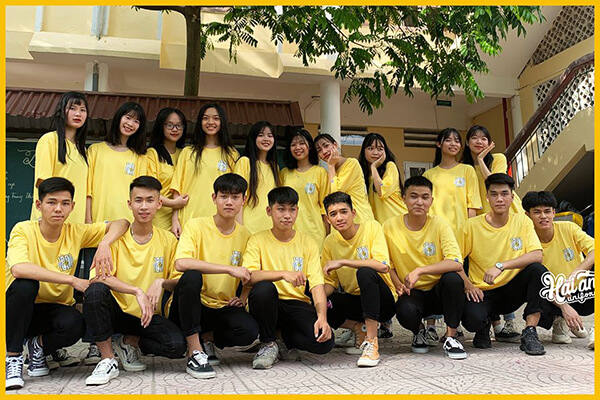 Khách hàng sẽ nhận được nhiều ưu đãi hấp dẫn khi đặt làm áo lớp giá rẻ tại Tây Ninh của Hải Anh Uniform.