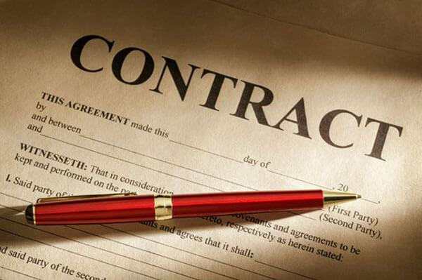Hợp đồng là yếu tố quan trọng khi hợp tác với địa chỉ làm áo lớp ở Hà Giang nào đó