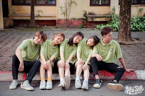 Áo đồng phục lớp thể hiện nét cá tính, đặc trưng riêng của từng lớp