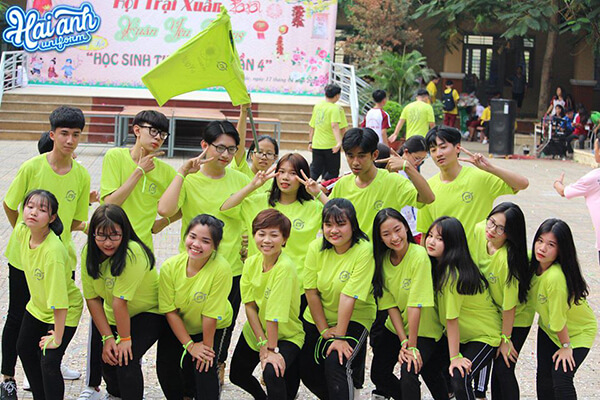 Lựa chọn địa chỉ làm áo đồng phục lớp tại Quảng Ninh uy tín sẽ giúp bạn dễ dàng có được những sản phẩm chất lượng tốt nhất.