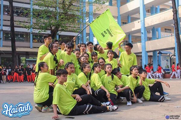 Đặt làm áo lớp tại Quảng Ninh là xu thế chung của giới trẻ hiện nay